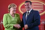 Angela Merkel con il primo ministro macedone Zoran Zaev