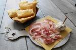 A Milano angolo di Emilia, gnocco fritto diventa street food