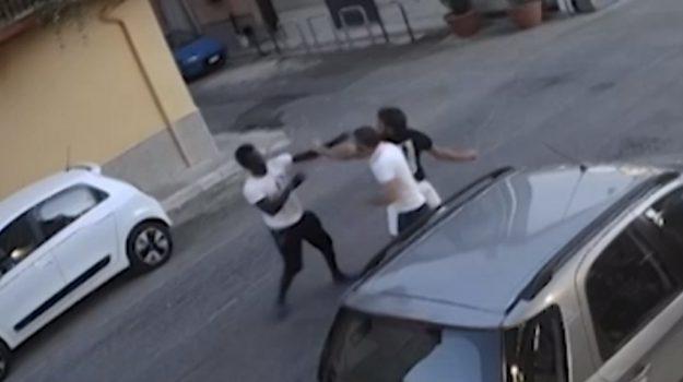 Partinico, il video dell'aggressione al giovane senegalese