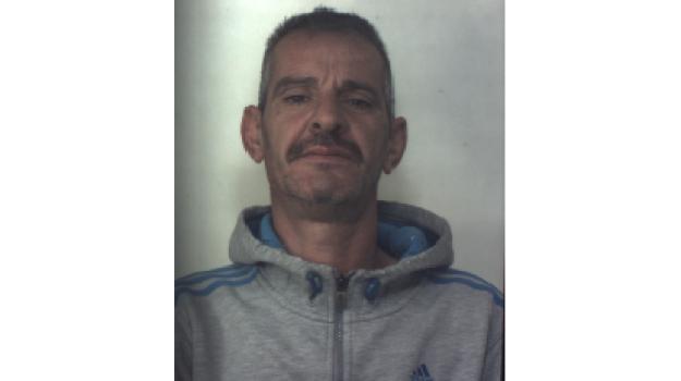 viola arresti domiciliari a Cassibile, Siracusa, Cronaca