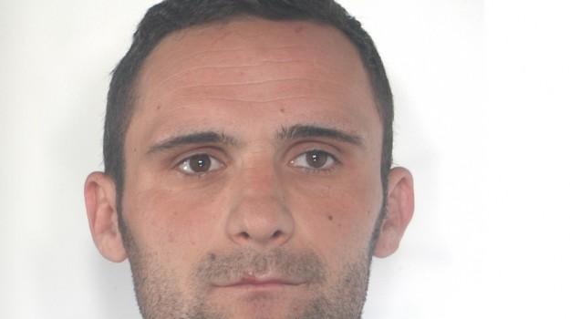 arrestato latitante rumeno, Piazza Armerina, rumeno fermato, Enna, Cronaca