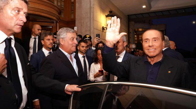 berlusconi 5 stelle, berlusconi fiuggi, Silvio Berlusconi, Sicilia, Politica