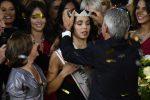 Emozioni sul palco, la vittoria di Carlotta Maggiorana a Miss Italia: il video della proclamazione