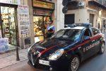 Palermo: forzano la saracinesca di un mini market, 2 arresti