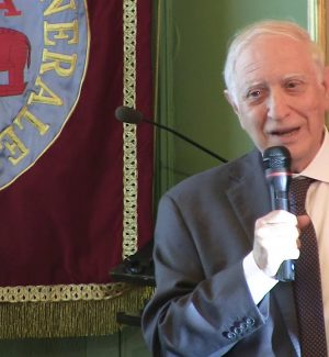 Il professore Francesco Iachello