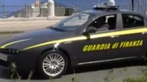 Spaccio di droga, arrestato a Messina corriere di origini calabresi