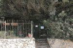 Siracusa, discarica a ridosso dell'Anfiteatro del parco archeologico: scatta il sequestro