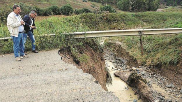 ponte Mussomeli crollo, viabilità caltanissetta, Caltanissetta, Archivio