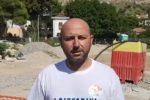 """Allagamenti, protesta per la pulizia del """"Ferro di Cavallo"""": la Regione sblocchi i fondi"""