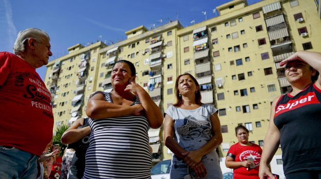 «Da tempo cerchiamo un incontro col Comune», spiega Loredana Ronchi, portavoce degli inquilini