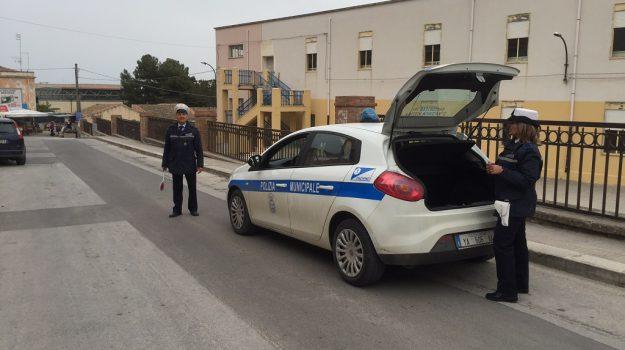 pachino multe, polizia municipale siracusa, Enzo Giuliano, Roberto Bruno, Siracusa, Cronaca