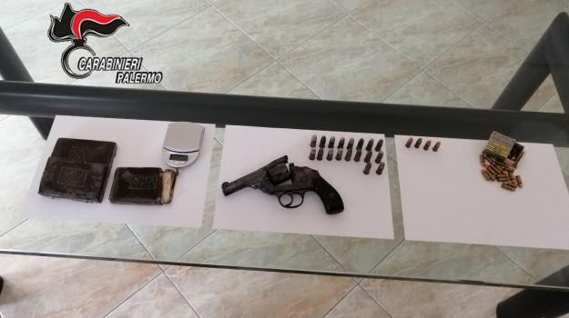hashischa aPalermo, munizioni e droga a Palermo, pistola, Palermo, Cronaca