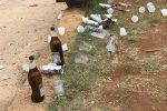 Bottiglie, bicchieri e cartacce a Palermo: quel che resta della movida a piazza Magione
