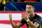 Champions League, Cristiano Ronaldo squalificato solo per una giornata dopo l'espulsione di Valencia