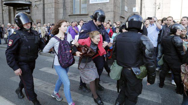 elezioni Russia, scontri russia, Sicilia, Mondo