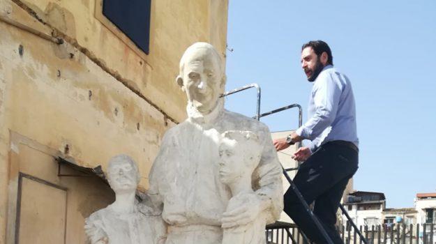 papa francesco scultura puglisi, Don Pino Puglisi, Papa Francesco, Palermo, Cronaca
