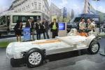 Oltre a un'autonomia elettrica di 50 km, Transit PHEV può percorrere 500 km col motore a benzina