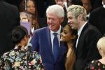 Bill e Hillary Clinton, Whoopi Goldberg, Quincy Jones e Ariana Grande alla funzione