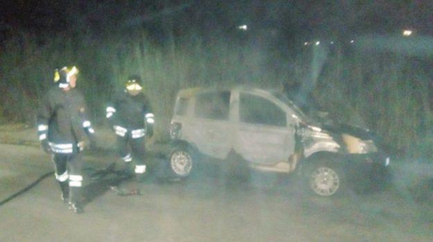 incendio auto agrigento, Agrigento, Cronaca
