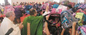 A Trapani la benedizione degli zainetti: inizia così il nuovo anno scolastico