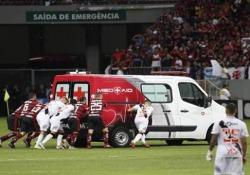 Il derby tra Vasco da Gama e Flamengo sarà ricordato soprattutto per questo episodio