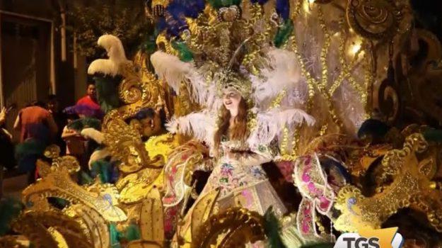 A Misterbianco si sfila per il Carnevale dei costumi