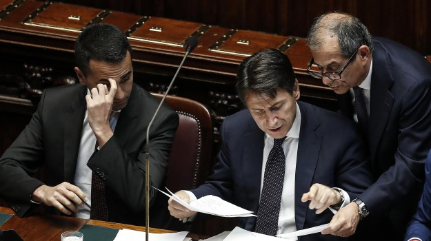 Manovra governo, Sicilia, Politica
