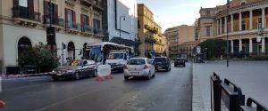 Il doppio senso istituito in via Turati (foto di Federica Raccuglia)