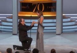 Il regista ha regalato alla sua Jan l'anello che i genitori si scambiarono 67 anni prima