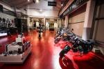 Due premiere mondiali Moto Guzzi per il raduno di Mandello