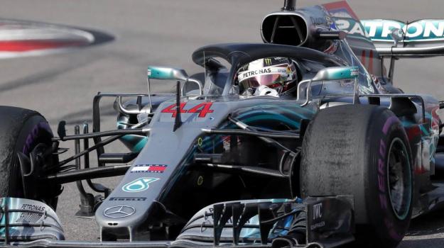 Gp Russia, Lewis Hamilton, Sebastien Vettel, Sicilia, Sport