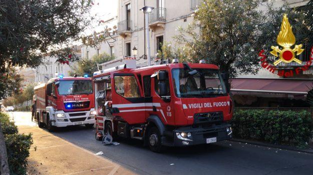incendio a Catania, incendio ristorante a Catania, incendio via San Giuliano a Catania, Catania, Cronaca