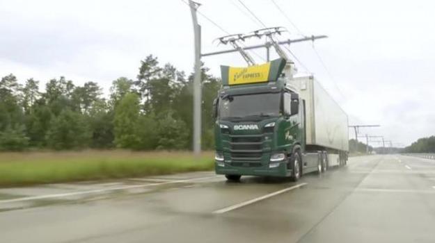 Lautostrada elettrica per i camion giornale di sicilia