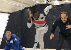 Il giamaicano ha dato spettacolo in un evento che simulava le condizioni spaziali a gravità zero