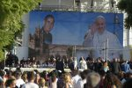 Il Papa a Palermo, il video dell'incontro con i giovani in piazza Politeama