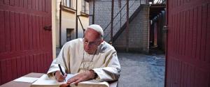 """Papa Francesco in Lituania: """"Basta con la volontà di scartare ed emarginare gli altri"""""""