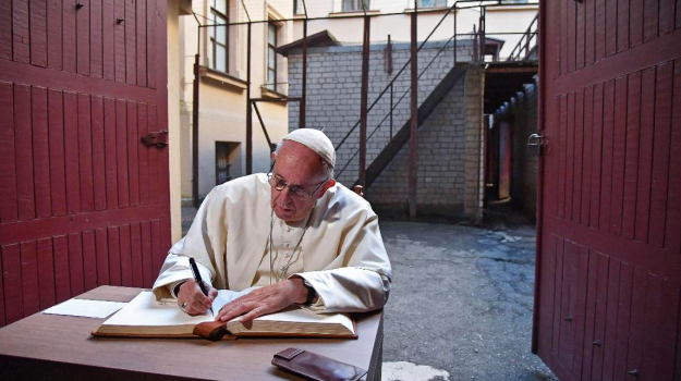 Papa in Lituania, Papa Francesco, Sicilia, Mondo