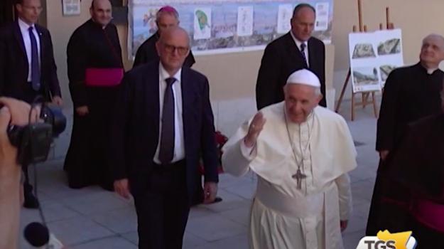 Palermo si sveglia diversa il giorno dopo la visita di Papa Francesco