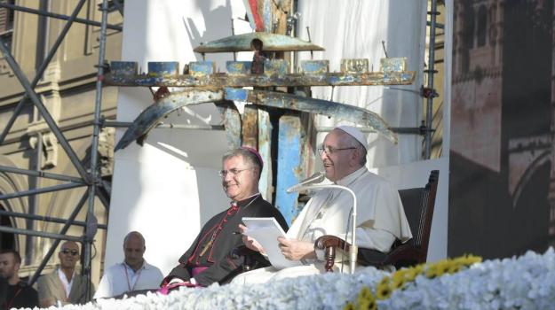 papa a palermo, Papa Francesco Palermo, Papa giovani Politeama, Palermo, Cronaca