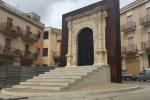 Dopo 60 anni recuperato a Sambuca di Sicilia un portale in pietra del '500