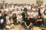 Gli studenti dell'alberghiero di Erice insieme allo chef americano