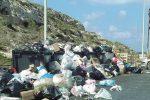 Salta il pagamento degli stipendi, netturbini in sciopero a Lampedusa