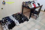 Pachino, sequestrate borse e scarpe per un valore di 10 mila euro