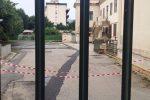 """Crollano calcinacci in una scuola di Palermo: l'elementare Siragusa chiusa. Arcuri: """"Notizie false"""""""