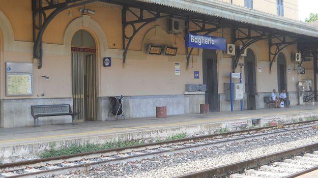 Donna investita Bagheria, Donna investita treno Bagheria, Palermo, Cronaca