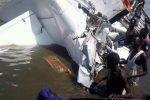 Un'immagine dell'aereo caduto in un lago del Sud Sudan