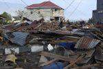 Terremoto e tsunami in Indonesia, centinaia di morti