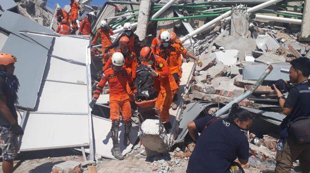 tsunami indonesia, Sicilia, Mondo