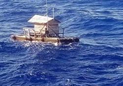 L'indonesiano spinto dal vento alla deriva