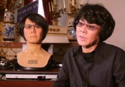 Hiroshi Ishiguro presenta a Cernobbio la sua «copia artificiale» capace anche di insegnare